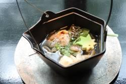 土瓶蒸し 甘鯛焼取り、順菜、玉湯葉